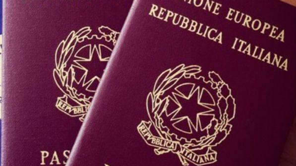 Due passaporti? Meglio tre gruppi che convivono rafforzando l'autonomia!